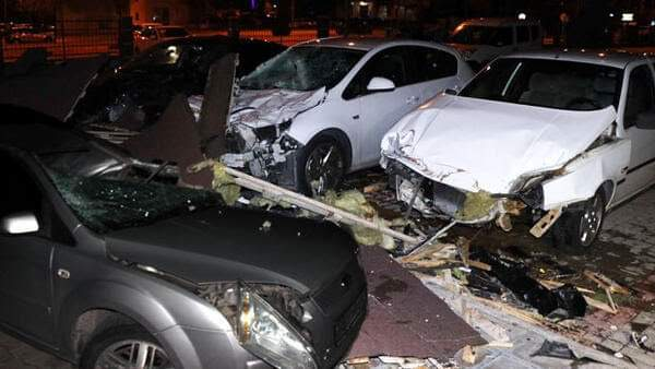Kayseri'de Şiddetli Fırtına Hasara Yol Açtı